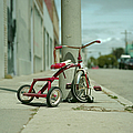 Red Tricycle by Eyetwist / Kevin Balluff