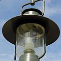 Street Lamp by D Hackett