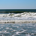 Summer Waves by Cynthia Guinn
