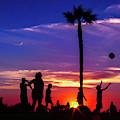 Sunset by Komeil Honarmand