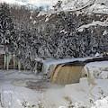 Tahquamenon Falls by Jim West