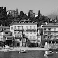 Town In The Shore Of Lake Como In Black And White by Guillermo Lizondo