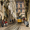 Tranvia De Lisboa by Juan Contreras