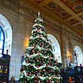 Union Station Decorates For Christmas In Kansas City by Catherine Sherman