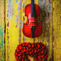 Violin And Heart Wreath by Garry Gay
