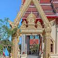 Wat Liab Phra Ubosot Wall Gate Dthu0762 by Gerry Gantt