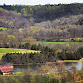 Water Valley Barn by Susan Rissi Tregoning