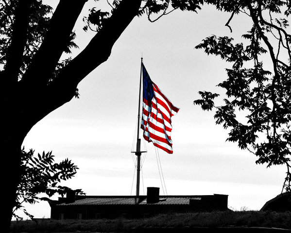 Bill Swartwout - Fort McHenry Flag Color S... Print