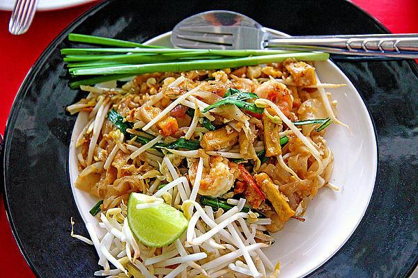 Evan Peller - Pad Thai Noodles With Shr... Print