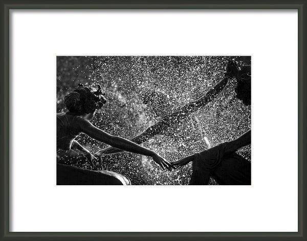 Dave Beckerman - Dancing Girls of Central ... Print