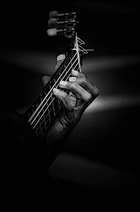 Sheila Smart - Hand of a guitarist in mo... Print