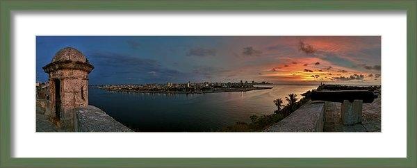 Juan Carlos Ferro Duque - Panoramic view of Havana ... Print