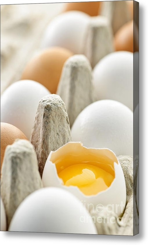 Elena Elisseeva - Eggs in box Print