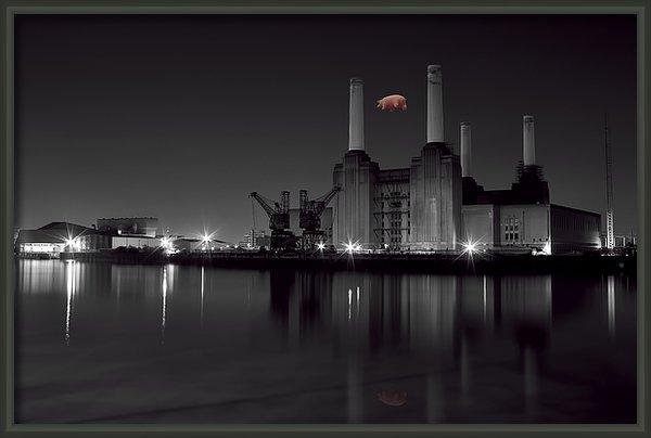Dean Messenger - battersea Pink Floyd Print