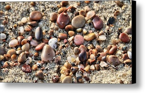 Dan Sproul - Pebbles On The Beach Print