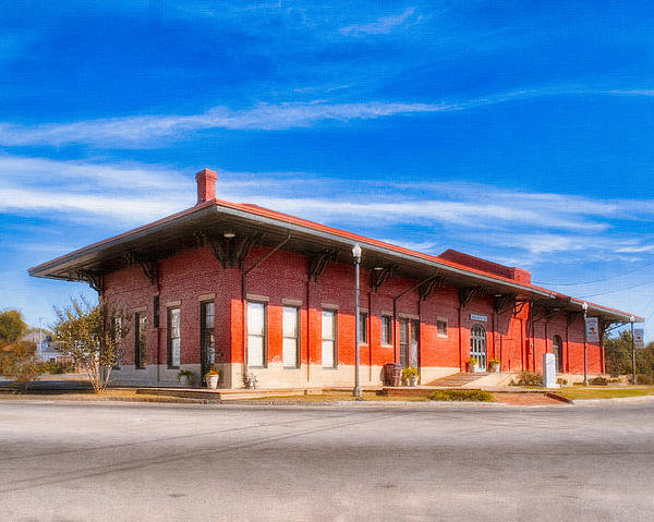 Mark E Tisdale - Montezuma Train Depot - V... Print