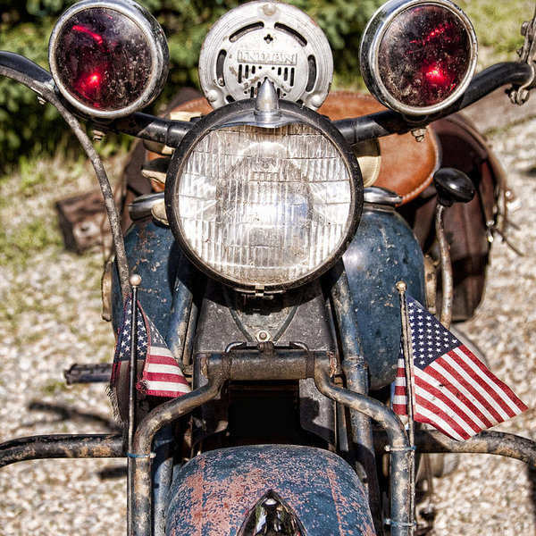 James BO  Insogna - A very Old Indian Harley-Davidson