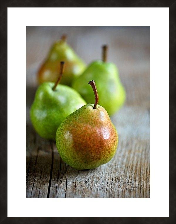 Nailia Schwarz - Pears