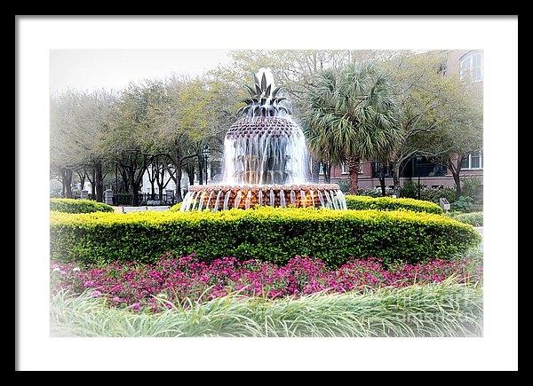 Carol Groenen - The Pineapple Fountain