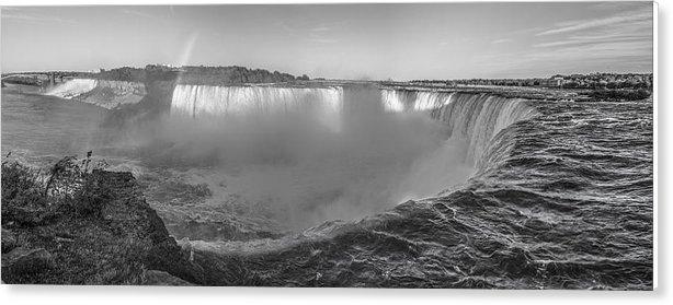 John McGraw - Niagara Falls Day Black an White