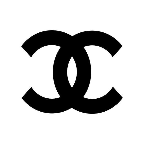Edit Voros - Chanel Symbol