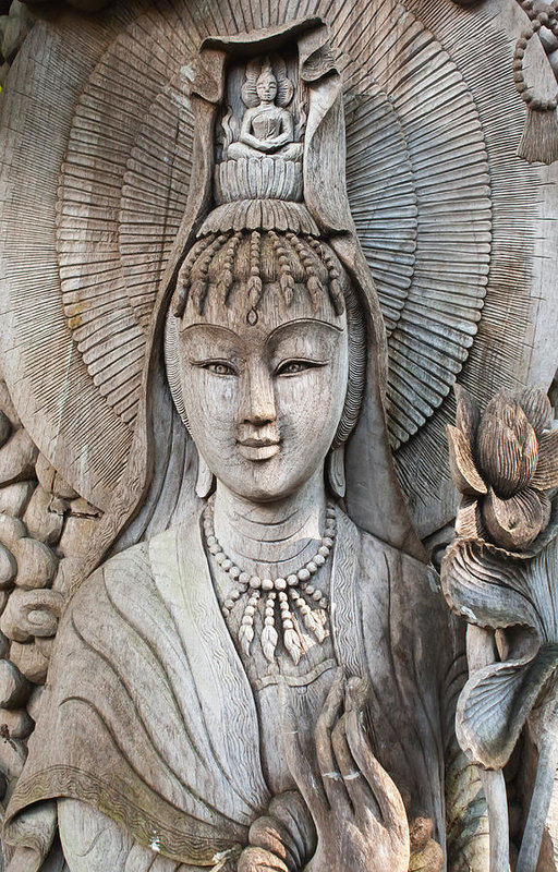 Apatsara Sirirodchanapanya - Kuan Yin