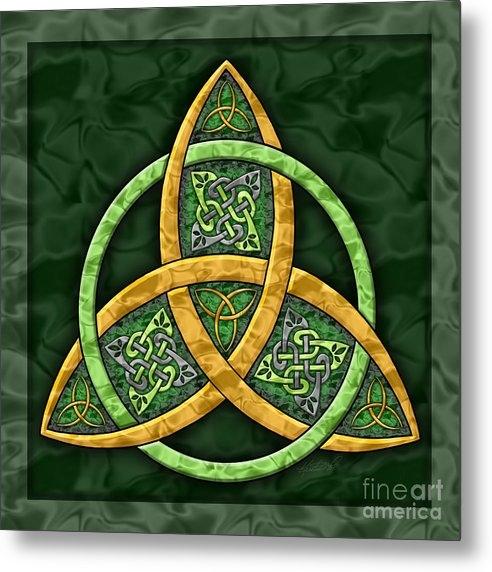 Kristen Fox - Celtic Trinity Knot