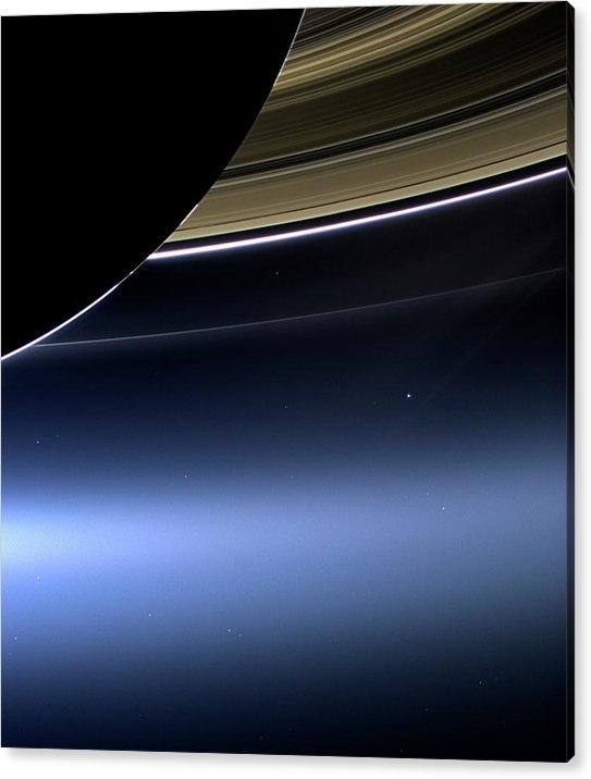 Nasa - Earth And Moon From Saturn
