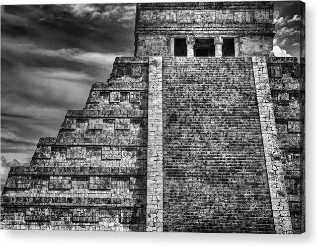 John Hamlon - Chichen Itza-Mayan Temple