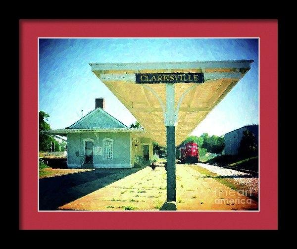 Desiree Paquette - Last Train To Clarksville