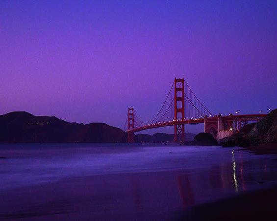 Surjanto Suradji - Twilight At Golden Gate Bridge