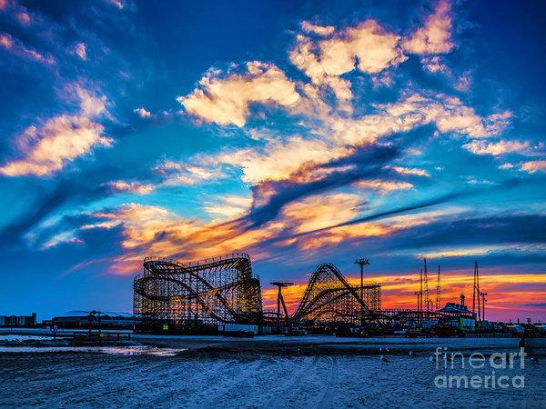Nick Zelinsky - Wildwood Beach Sunset