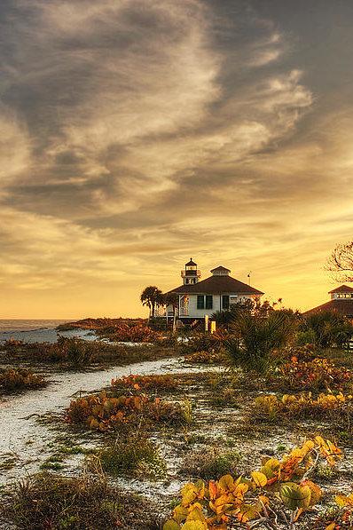 Gouzel - - Light House