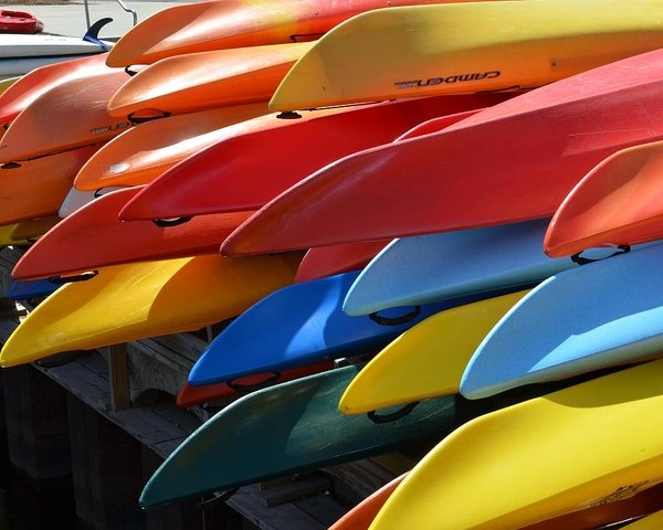 Toby McGuire - Colorful Kayaks