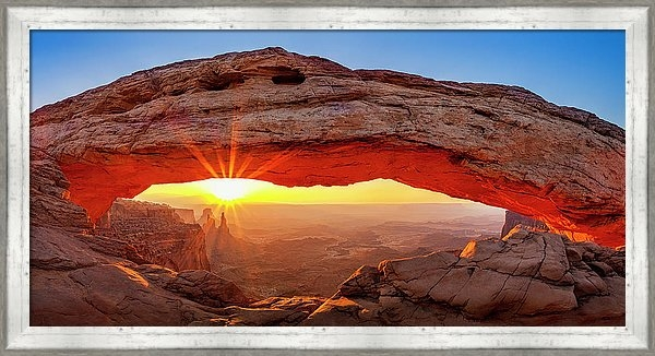 Andrew Soundarajan - Mesa Arch at Dawn