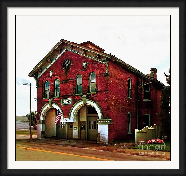 Julie Dant - Old Firehouse No 10  squared