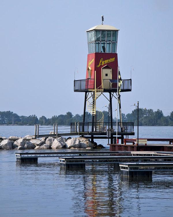 Lyman Harbor Lighthouse by Dale Kincaid