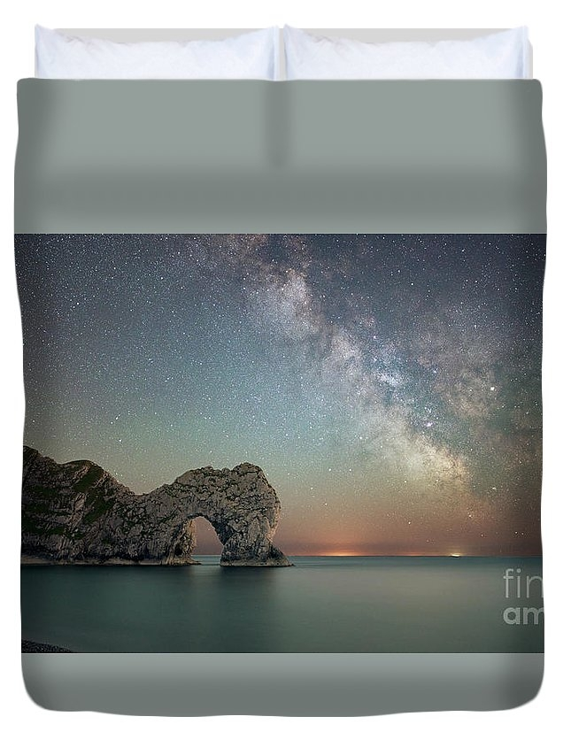 Durdle Door Milky way by Stephen Cheatley