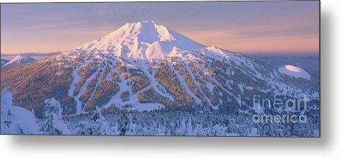 Mt. Bachelor Sunrise by Ross Wordhouse