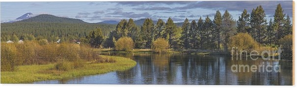 Deschutes River Panorama Wood Print