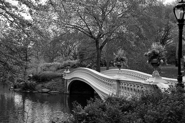 Christiane Schulze Art And Photography - Bow Bridge NYC In Black a... Print
