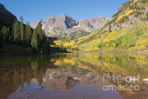 Juli Scalzi - Maroon Bells in Autumn Print