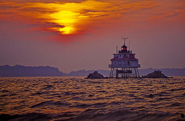 James Oppenheim - Thomas Point Shoal Lighth... Print